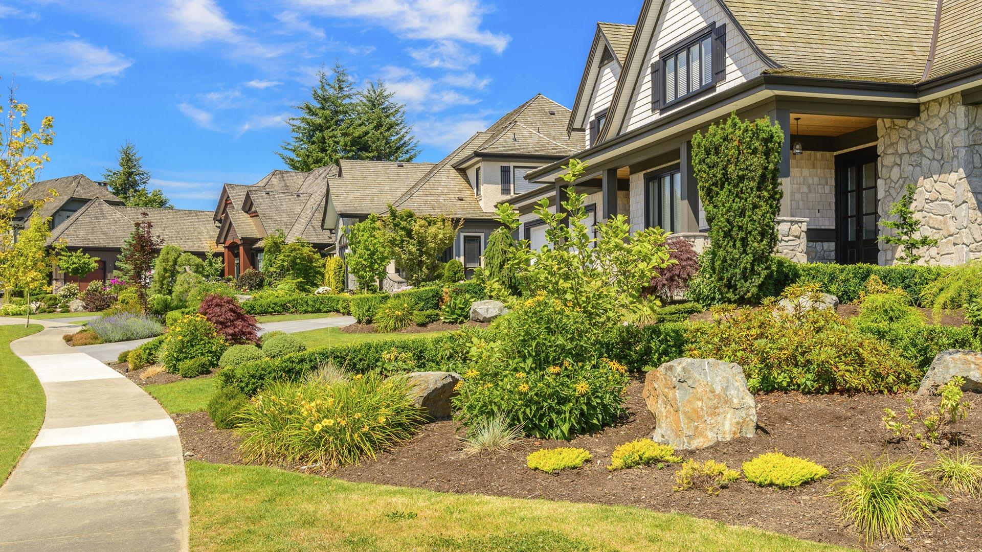 Da Vinci Landscape Design LLC Landscape Design, Pavers and Landscaping slide 2